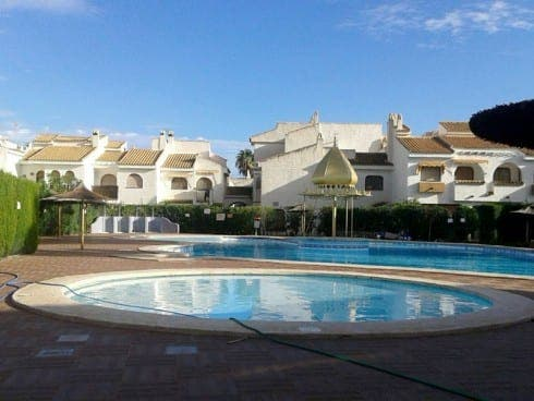 Two-bedroom flat in Santa Pola, Alicante. €140,000. Ref DG2741