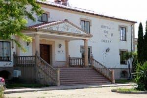 HOTEL: Sol y Sierra in Cortes de la Frontera
