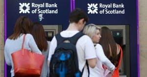 Royal-Bank-of-Scotland-Cash-machines-queues