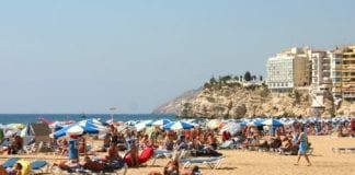 holiday tourism spain e