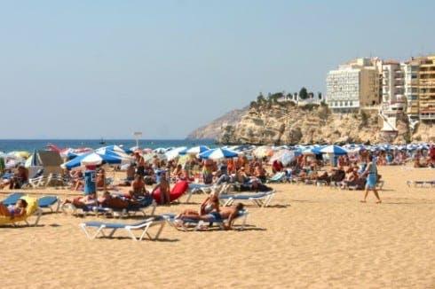 holiday tourism spain e