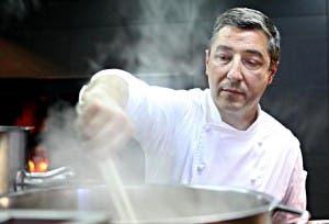 Joan Roca xef del restaurant 3 estrelles michelin Celler de Can Roca.Segon millor restaurant del mon 2011 i 2012.02-05-12.Fotos de Celia Atset.Diari Ara.