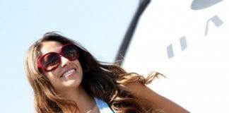 Oakley sunglasses model in blue e
