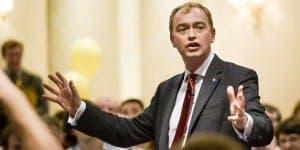 FARRON: Backs expat MP plan
