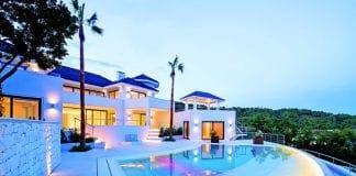 mansion life