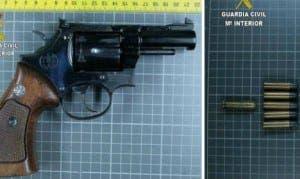 pistolll