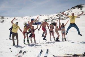 Skiiers at the Sierra Nevada resort