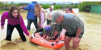 dog sanctuary flood galgos en familia