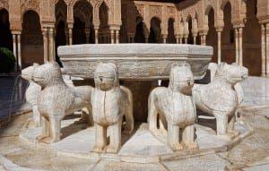 lion-fountain-1594119_640