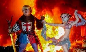 trump-effigy