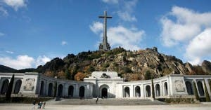 General Franco set tobe exhumed from his Valle de Los Caidos tomb