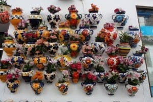 main-piece-colourful-flower-pots
