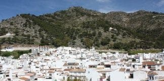 Main piece View of Mijas e