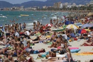 TERROR THREAT: Tourists to be protected by 100 former soldiers