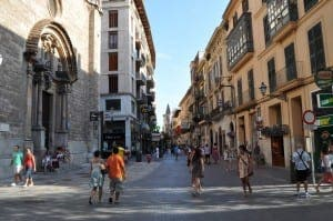SAFETY FEARS: Calle San Miquel lamp review