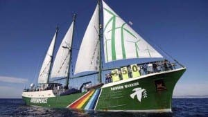 PLASTIC CLEAN UP: Rainbow Warrior heading to Mallorca
