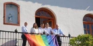 rainbow flag  e
