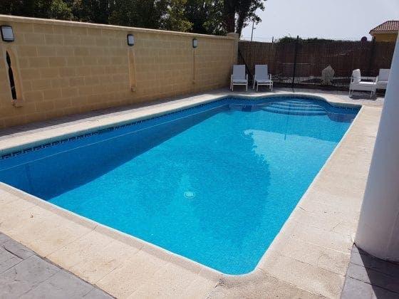 sabinillas pool