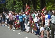 basque human chain