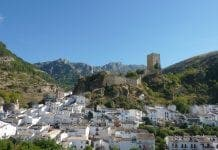 Cazorla and the Castillo de la Yedra