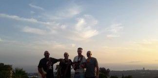 Giles band