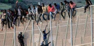 migrants border