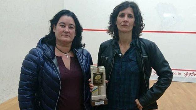 , La filas de sexismo en España como campeones de squash femenino entregó juguetes sexuales como premios, Noticia Sport, Noticia Sport