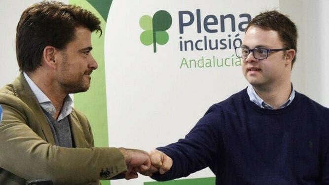 , NOSOTROS PODER: Decenas de expatriados llenan las listas de votos para vitales elecciones locales en Andalucía de España