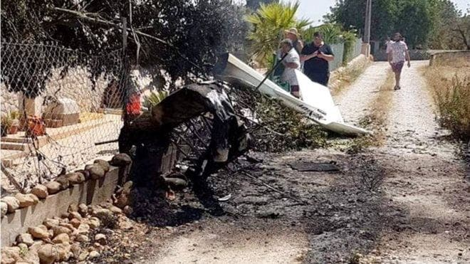 Helicopter and plane crash mid-air in Mallorca, killing