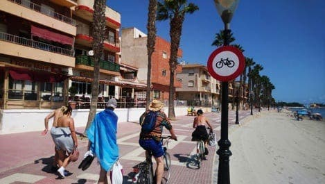 Cyclists are breaking rules and endangering public on