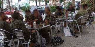 Legionarios Terraza Bar Armas Suelo_1396071247_110467957_667x375 V1