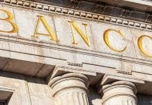 Jonathan Holdaway Bank Spain
