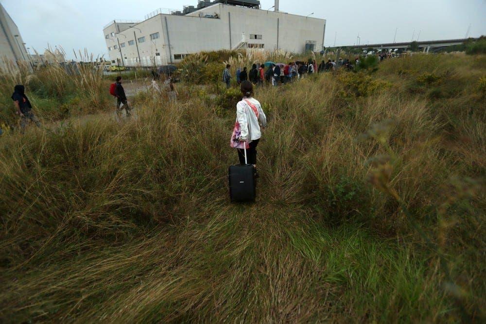 Pasenger Dies Airport