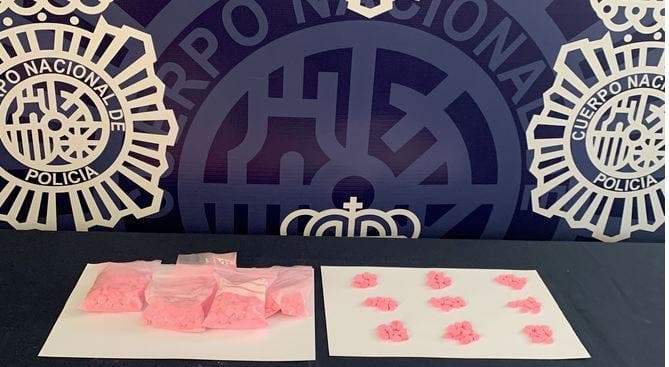 Young Man Arrested For Carrying 870 Ecstasy Pills And 550 Tablets Of New Drug Thats Four Times Stronger Than E In Spains Andalucia 1