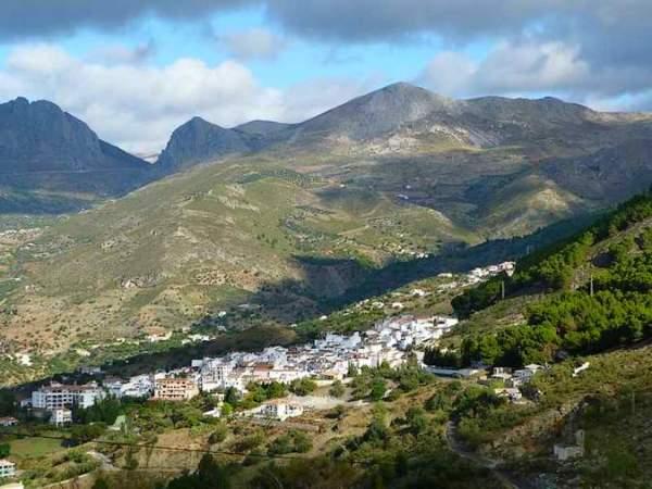 Alcaucin Pueblo Blanco Malaga 3107 5