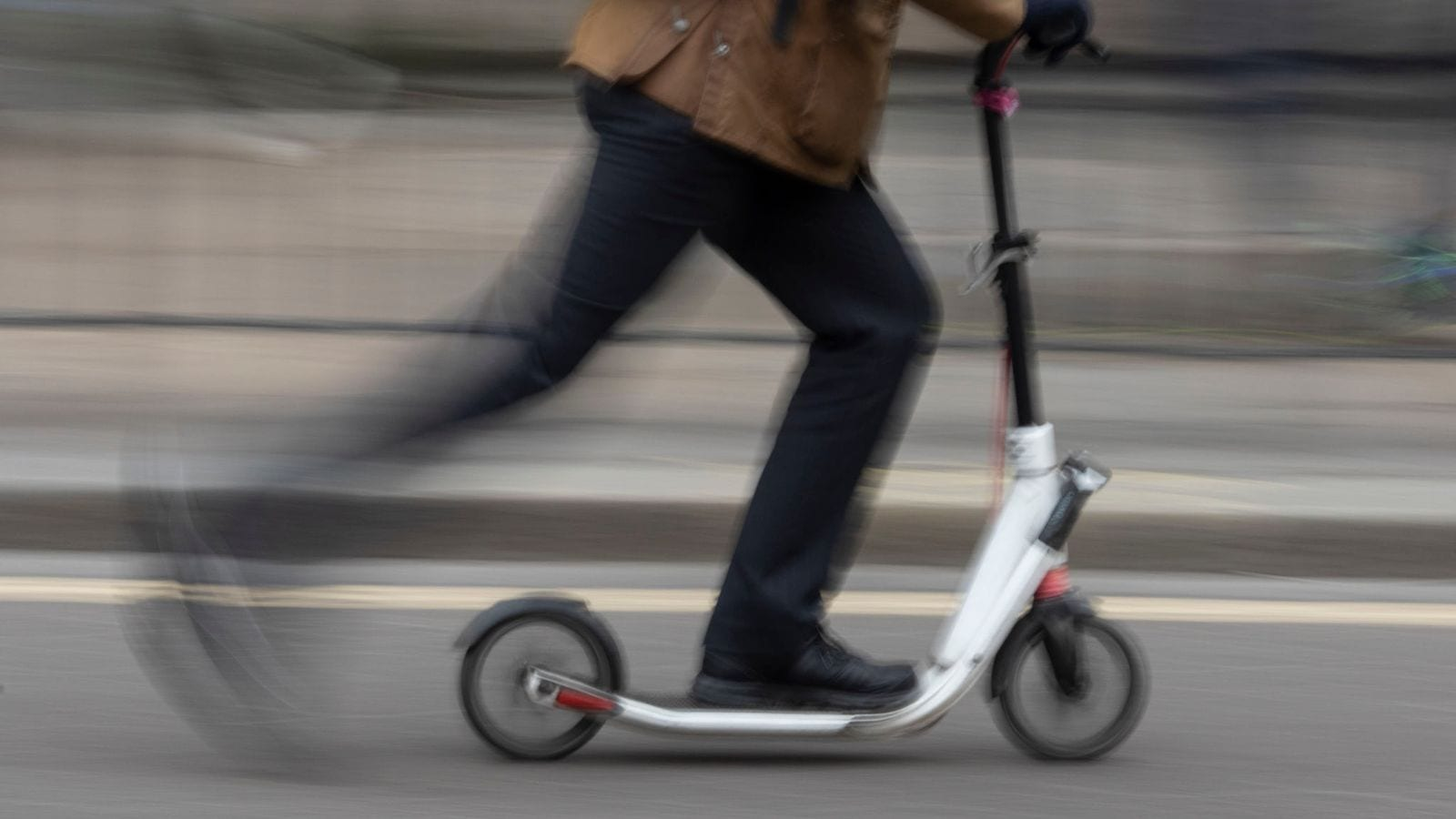 Skynews Electric Scooter London_4734982