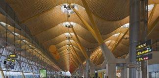 1024px Terminal_4_del_aeropuerto_de_madrid Barajas_espa A_2013 01 09_dd_05
