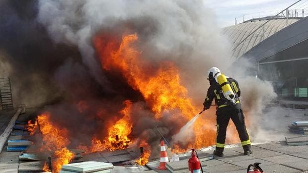Alicante Airport Roof Fire