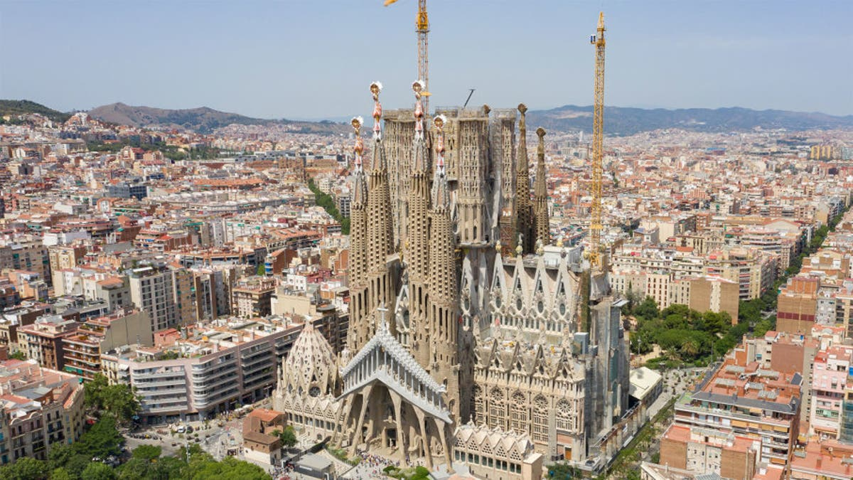 Barcelona's Sagrada Familia named Europe's top tourist attraction - Olive Press News Spain