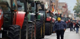 2020 02 21t142729z_1_lynxmpeg1k1cp_rtroptp_3_spain Economy Farming