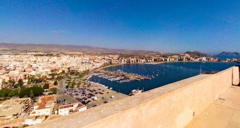 British sailor discovers £250,000 worth of Marijuana in the sea off Spain's south coast