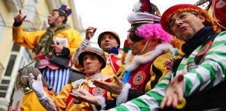 Cadiz_during_carnival