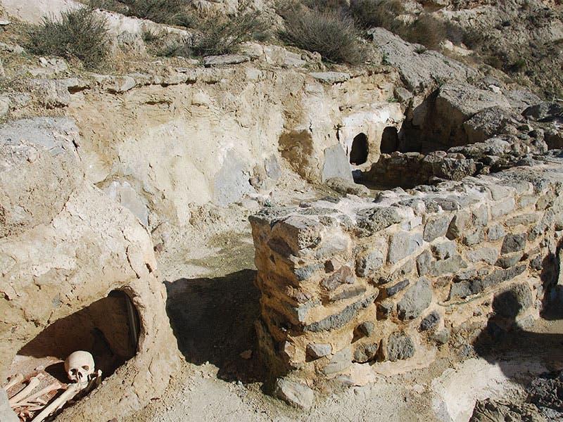 Castellonalto Cyst Burial