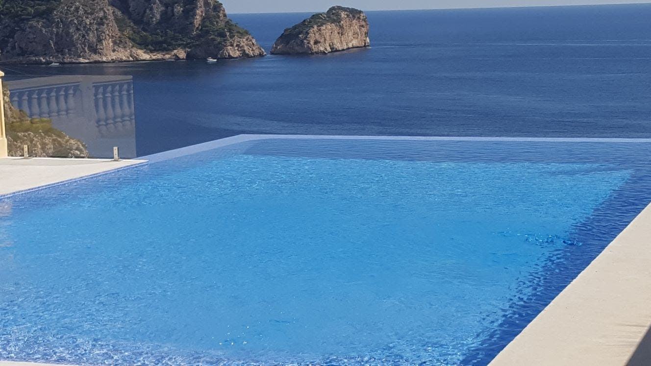Real Example Infinity Pool Construction Javea Costa Blanca