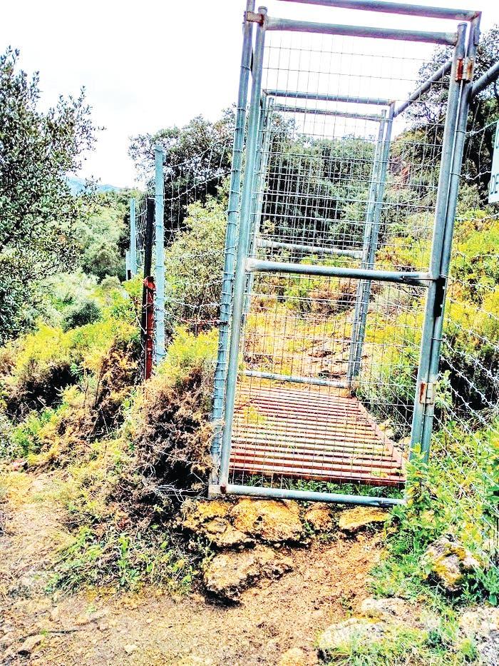 Entrance To Guantanamo Bay_ Photo La Asociaci N Por Los Caminos P Blicos De La Serran A De Ronda