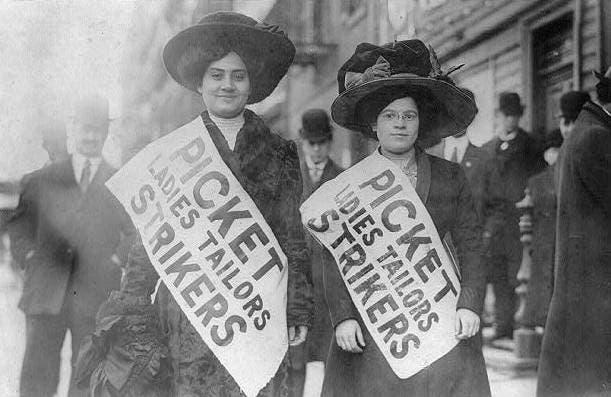 Womens March 1909 Primera Foto