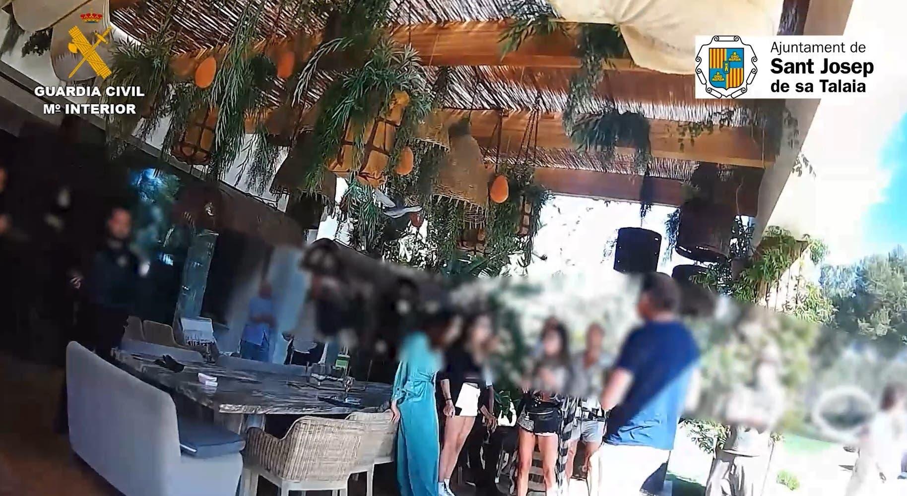 Sucesos Detienen Al Organizador De Una Fiesta En Una Villa Privada De Sant Josep Ibiza