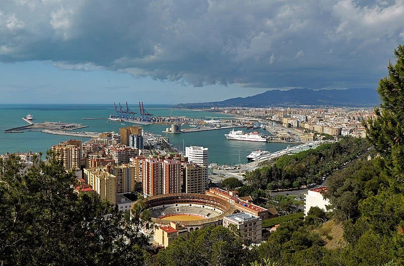 800px View_of_malaga_from_castillo_gibralfaro _spain