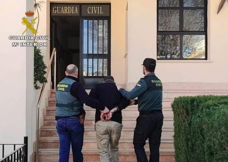 Brit Arrest A