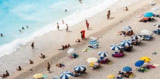 Beach Credit Unsplash